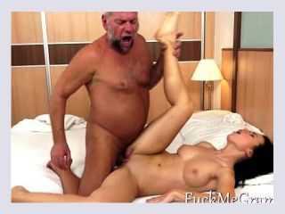 vivud squirt
